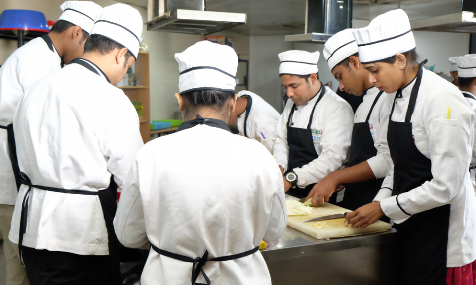 jobs in hospitality and tourism